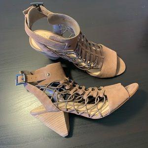 Vince Camuto EVEL Leather Sandal Sz 9
